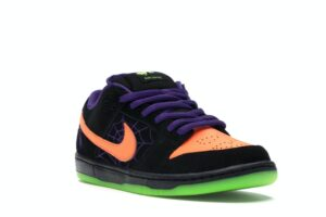 Nike SB Dunk Low Night of Mischief Halloween
